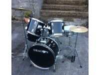 Dragon 7 piece Drum Set
