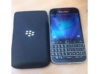Blackberry Classic Unlocked in Excellent Condition - Unlocked