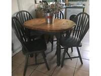 Kitchen table and 4 chairs small table does extend