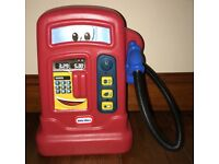 Little Tikes Cozy Pumper petrol pump