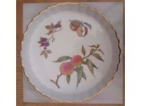 Royal Worcester Evesham Vale Flan Dish