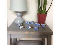 💚 9 Ceramic Blue & White cupboard/drawer knobs