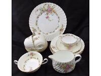 "Vinatge Minton "" Lorraine "" tea china set - 4 tea cups, saucers and Side plates and 1 Cake plate"