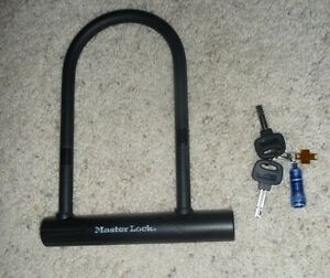 master lock 8184dsg bike u lock with bracket 8 1 4 inch keys. Black Bedroom Furniture Sets. Home Design Ideas
