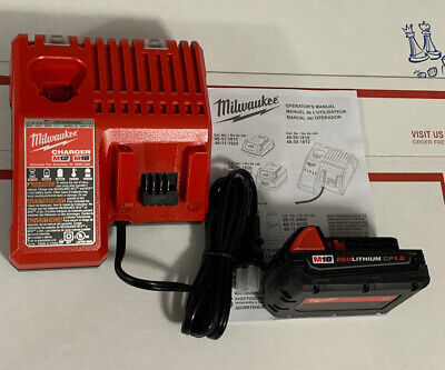 Milwaukee M18 18-Volt 48-11-1815 Lithium-Ion 1.5 Ah Compact Battery + Charger