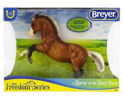 BREYER CLASSIC MODEL HORSE SILVER BAY MUSTANG 947 REARIN STALLION FREEDOM SERIES