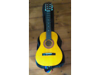 Encore ENC20N half-size guitar for child with soft case