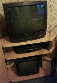 Tv stand: selling for £15
