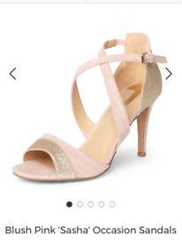 BNWB shoes size 7