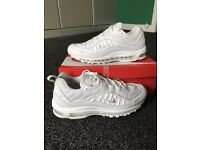 Nike air max 98 triple white.