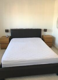 Brown Leather King Size Bed Frame - excellent condition Neath/Port Talbot -South Wales