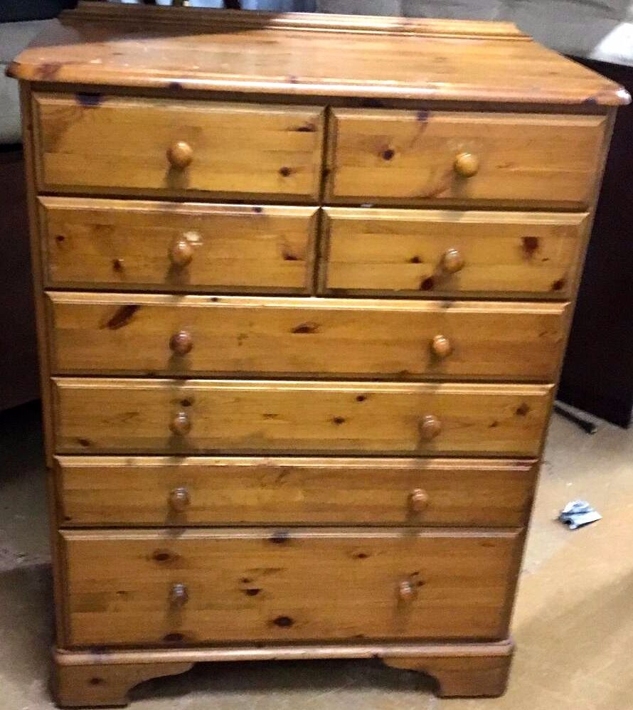 solid pine wood large chest of drawers by ducal excellent working condition 55 ono in. Black Bedroom Furniture Sets. Home Design Ideas