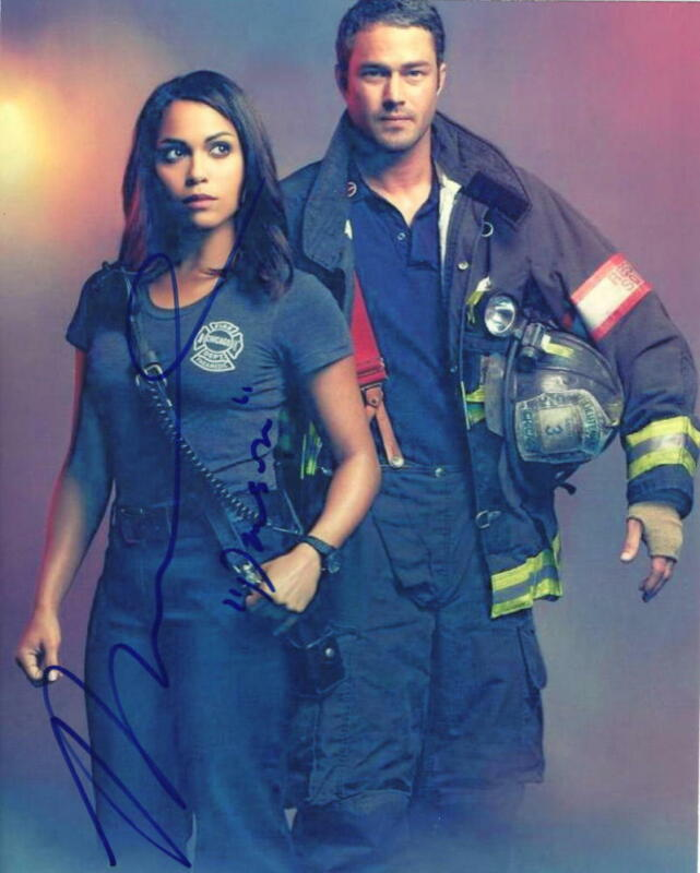 MONICA RAYMUND SIGNED 8X10 PHOTO AUTHENTIC AUTOGRAPH CHICAGO FIRE DAWSON COA B