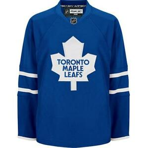 Toronto Maple Leafs Authentic Reebok Home Replica Jersey - Mens Size Medium
