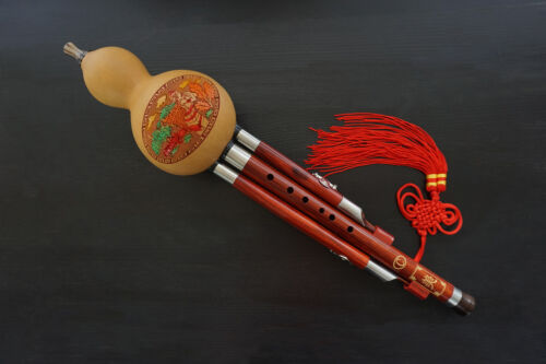 Sandalwood 3 Octaves Chinese Hulusi Flute Woodwind #106 +Case +How to Play Guide