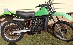 1983 KDX200 Starts & runs $800 about 95% complete Slacks Creek Logan Area Preview