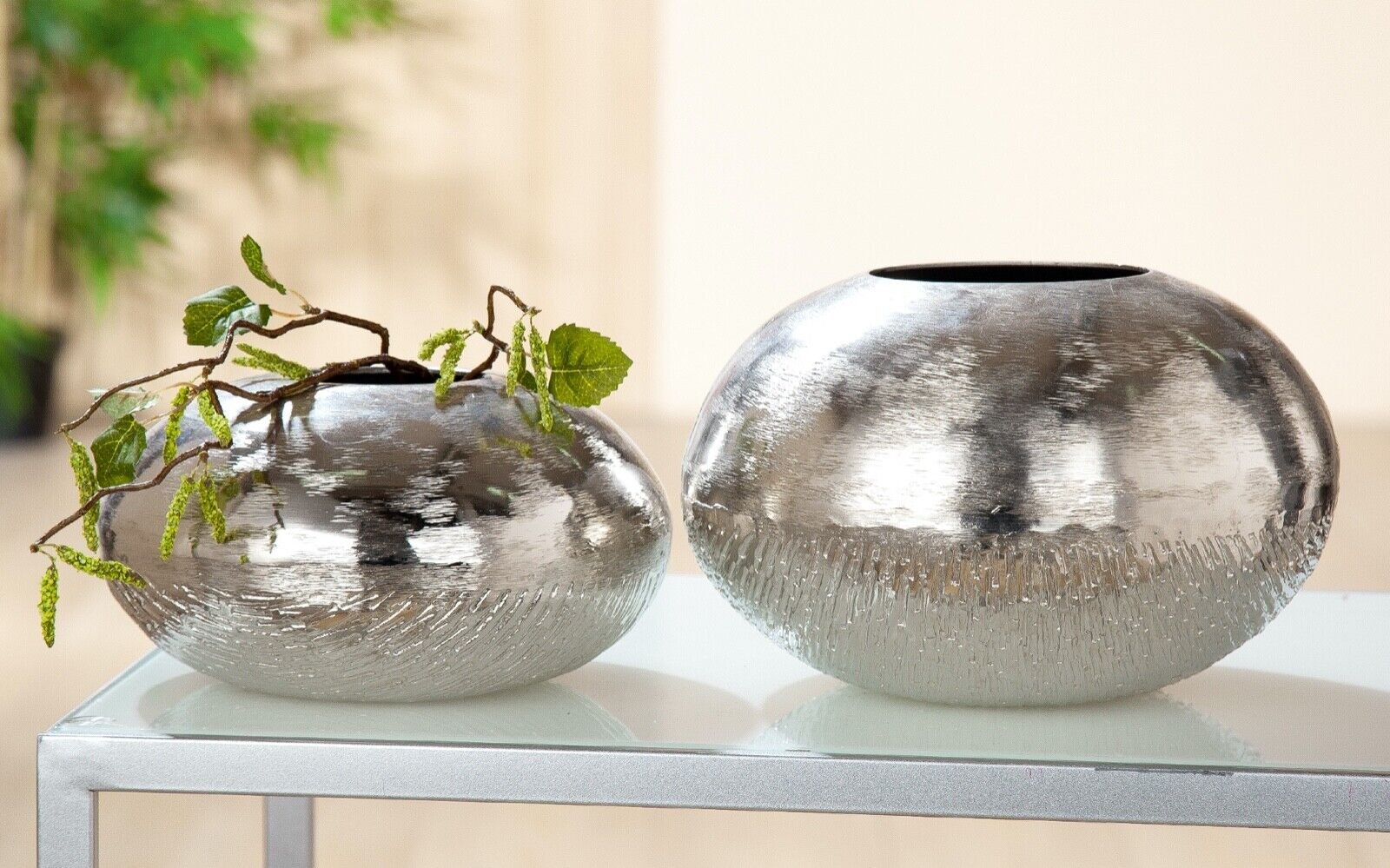 Aluminium Kugel- Vase