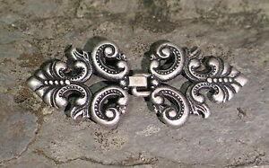 Gewandhaken Miederhaken Gewandschließe  Mittelalter Tracht Dirndelhaken Ornament