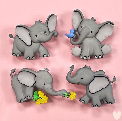 Dress it Up Buttons Tiny Trunks  - 8976 - Elephant Dumbo ()