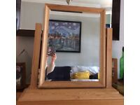 Free standing dressing table mirror