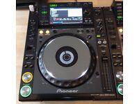 Pair (*2) Pioneer CDJ 2000 Nexus - Excellent Condition