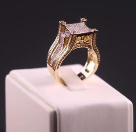 9 CT Gold Ring FULL CZ STONES