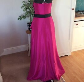 Long pink bridesmaid dress size 14 - very Marilyn Monroe! Brand new.Will post. RRP £240! Tags intact