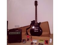 LES PAUL SPECIAL-II Electric Guitar And Amp + Accessories