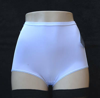 UNMENTIONABLES by Gay Lure Full-Cut White Brief Size Small segunda mano  Embacar hacia Argentina