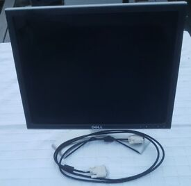 """Used Dell Ultra Sharp flat panel 19 """" PC monitor (1907FPT)"""
