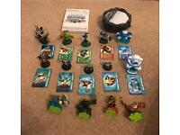 Skylanders Spyro Wii portal, game and figures