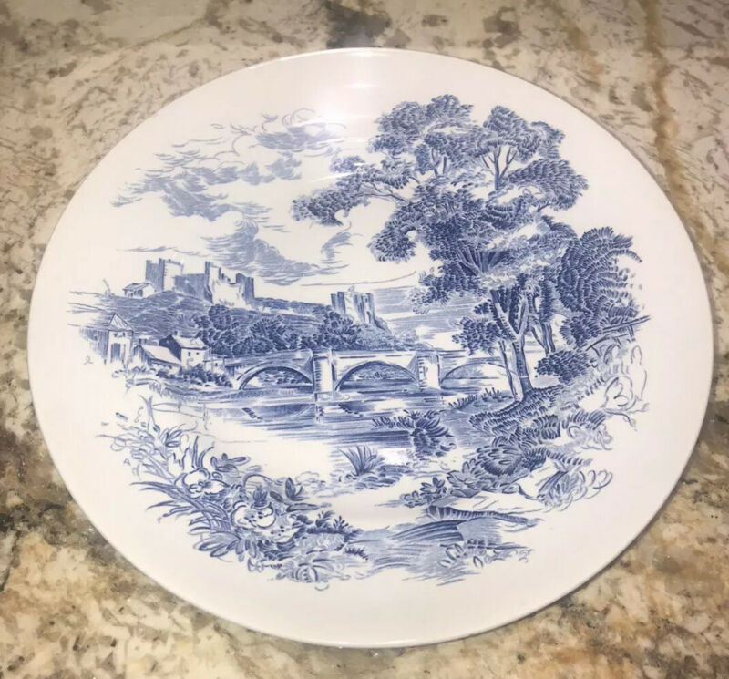 "Wedgwood Countryside Engraved Blue Off White Plate 10"" round EUC"