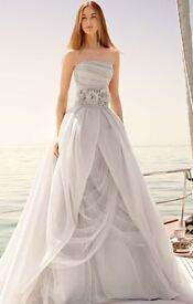 Vera wang Wedding Dress UK10