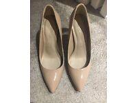 Ladies M&S Autograph BNWT Nude Court Shoes Size 3 1/2