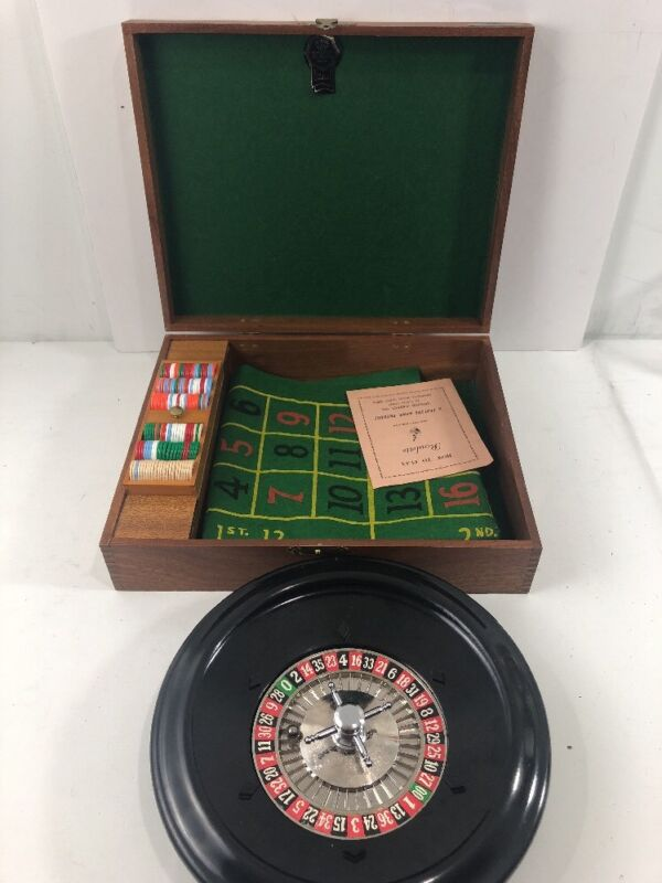 Vintage Royal Brand Crisloid Roulette Travel Game In Wood Case - Complete