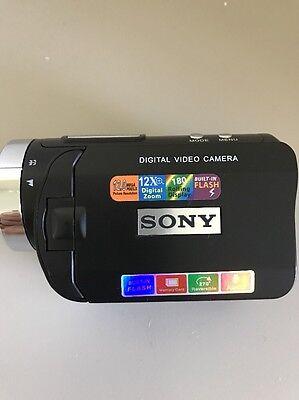 Видеокамеры Sony Digital Video Camera TEC04D8