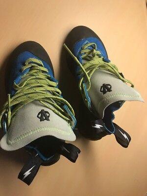 rock climbing shoes Size 5
