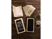Apple iPhone 5s 16gb Space Gray Unlocked Fully Boxed **Immaculate Condition**