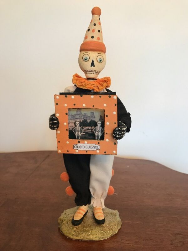 Bethany Lowe Allen Cunningham Halloween Skeleton's Theater—Retired