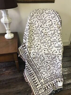 Petroglyph Ancient Rock Art Fish Tribal Cotton Woven Afghan Throw Blanket NEW ()