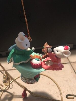 TRIM A HOME/NOT ENESCO CHRISTMAS ORNAMENT:BEST FRIEND MICE HAVE SWEETS PARTY NEW ()
