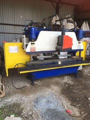 Pacific Hydraulic Press Brake 40 Tonne