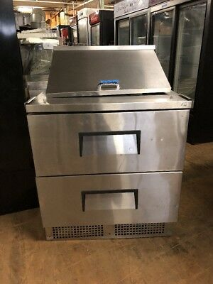 True Tfp-32-12m-d-2 32 Commercial Sandwich Prep Table Cooler Used With 2 Drawer