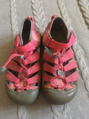 Keen Pink Athletic Water Rubber Sole Sandals Youth Size 3 Girls