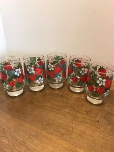Libbey Strawberry Glasses White Flowers Leaves Set Of 5 -10 Ounces?
