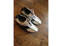 Junior footjoy golf shoes size 5