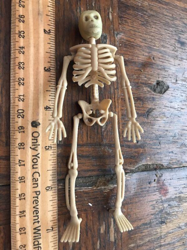Vintage Hanging Skeleton dimestore toy halloween decoration 1960s