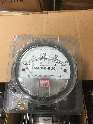 Dwyer 2020d Magnehelic Pressure Gauge New