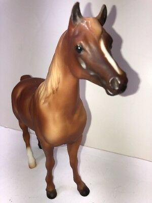 "9"" Breyer House Model Horse Limited Edition 6440 Brown W/ White Hoof Original #5"