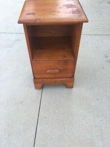 Vintage Antique Solid Wood Nightstand End Table Bedside Storage Bedroom Drawer